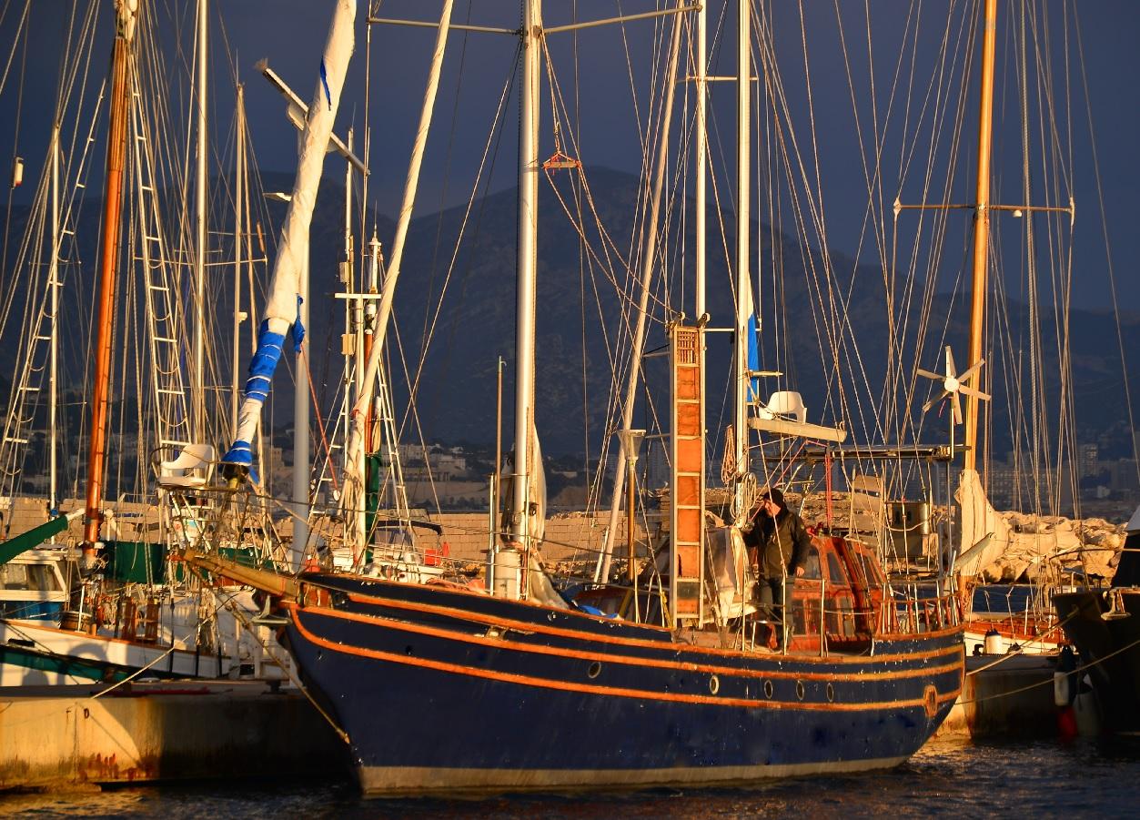 Cabines d h tes sur un bateau marseille chez goel en - Chambre syndicale de l habillement marseille ...